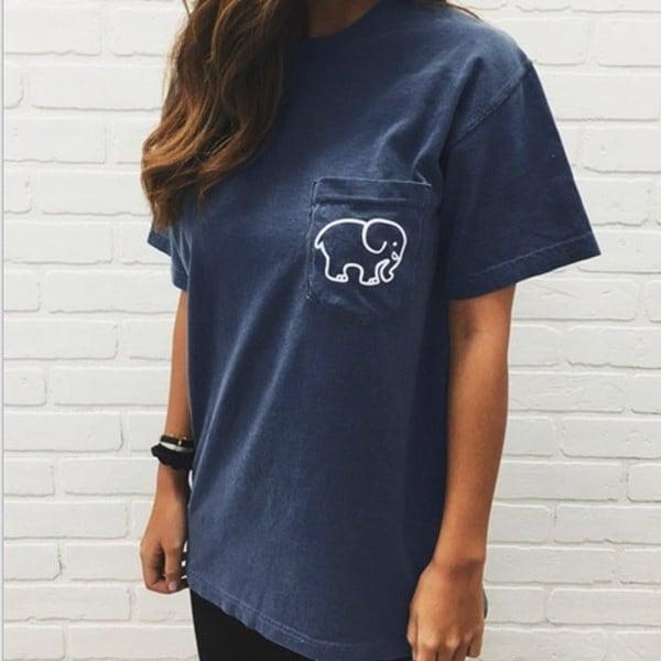 夏の女性ファッションセクシーなソリッドカラーエレファントポケット装飾半袖Tシャツカジュアルなブラウス