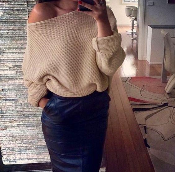 女性のセータールースストラップレスピュアカラーファッションスリムセクシーな長袖7色