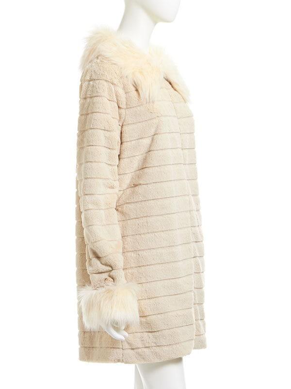 【送料無料】【FRS】【FRS0116】加工フェイクファーが上品ミディアム丈コート◆入荷済