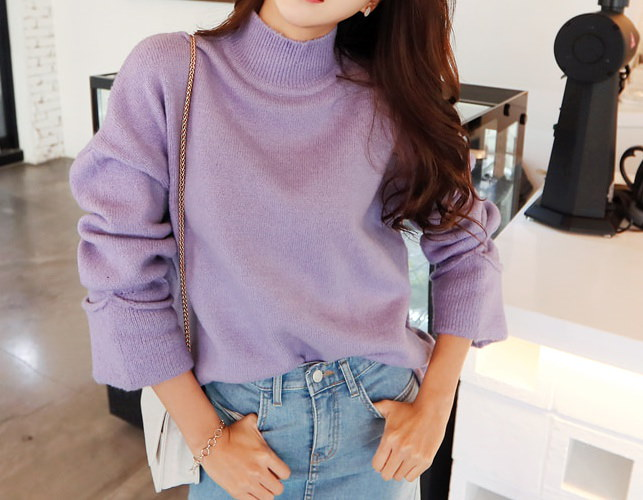 ハーフネックニット- This is knit having warm half-neck and swank spring mood emphasizing loose fit and