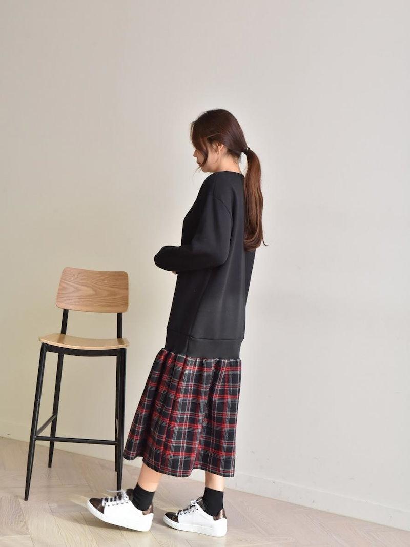 【送料無料】ワンピSALE 今流行のミディアム丈で、コーデもとってもしやすくオシャレに決まること間違いなし★スウェットワンピ フレアスカート ドッキングワンピース 冬 異素材ミックス オーバーサイズ