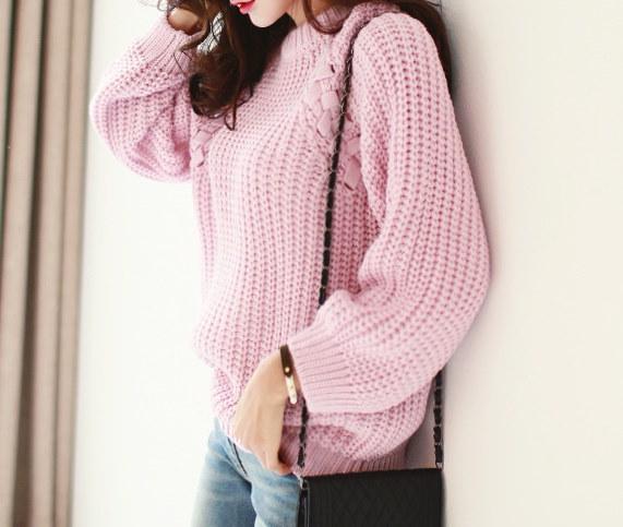 ノットポイントニット- Loose silhouette is so pretty knit. Handmade work on both shoulders gives you a knot