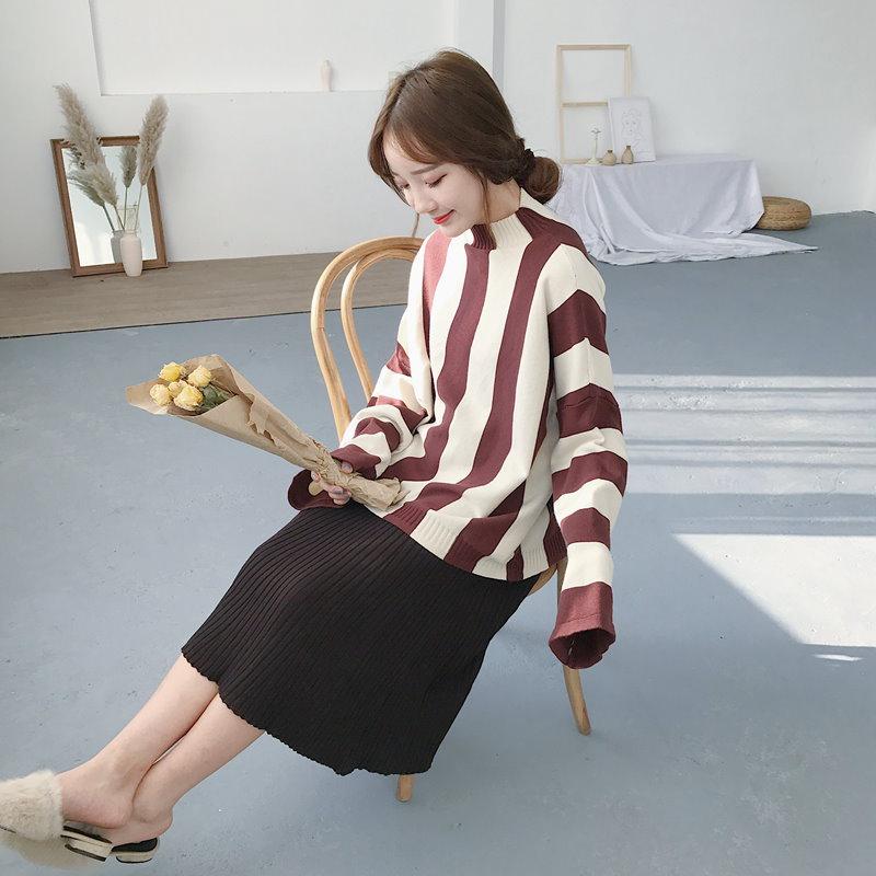 韓国ファッション★ストライプショートタートルネックニットトップス!♥秋~冬にぴったり!この一枚でスタイル完成!