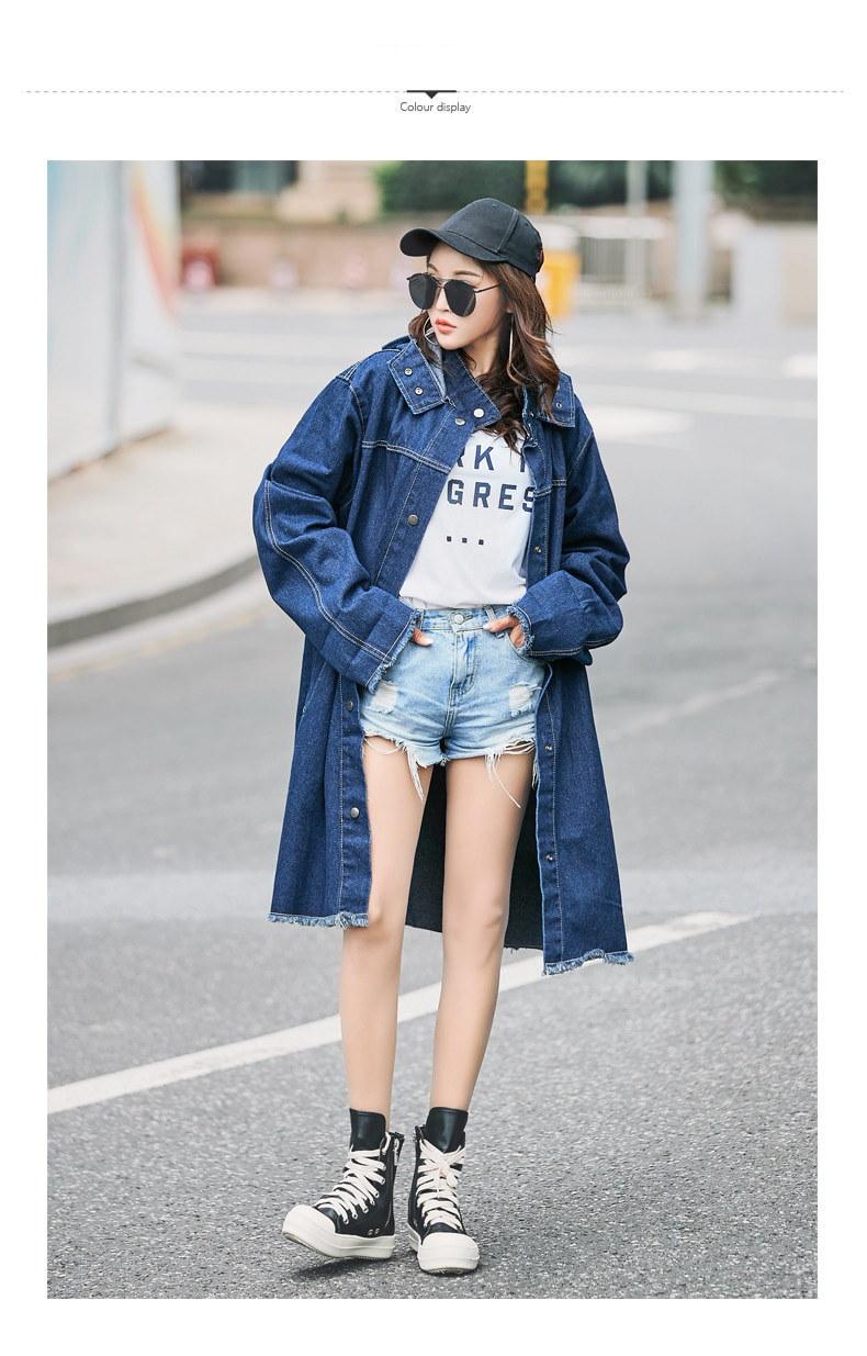 女性の長いデニムジャケット秋緩いフード付きジーンズコートトップスファッションビッグサイズ長いジャケットポケットボタンデニムトラックスーツ