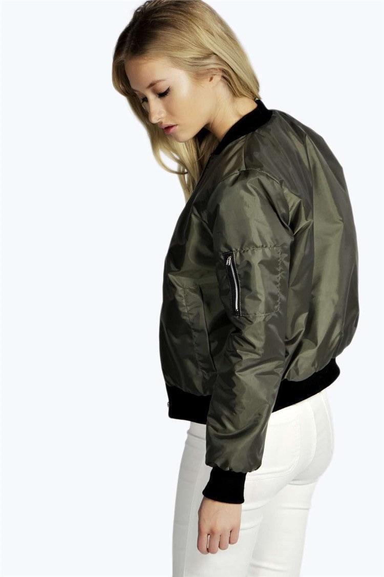 ヨーロッパやアメリカのファッションの新しい冬ソリッドカラーの短い段落のジャケットの外側のジッパーに乗ります