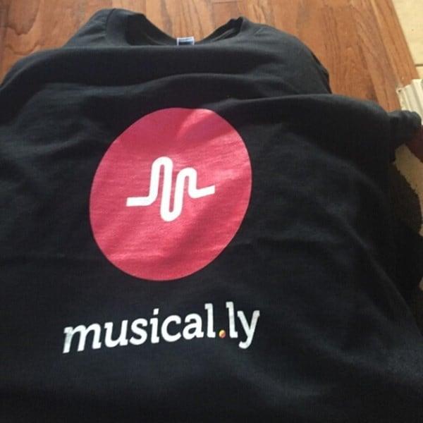 女性のコットン音楽的なロゴ音楽ファンTシャツティー夏のファッション半袖ティーンエイジャーの服