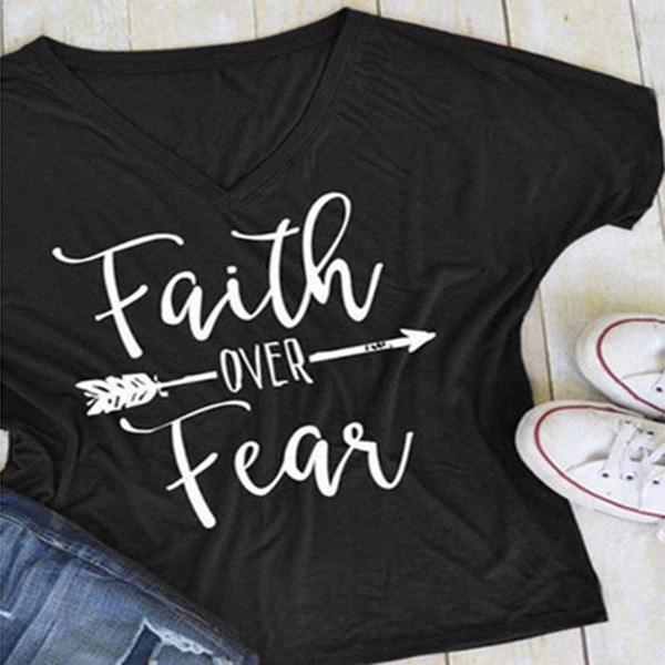 夏の女性ファッションカジュアルレタープリントTシャツ半袖信仰上の信仰アローTeeのトップス