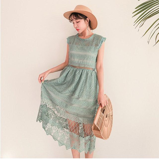 夏の女神シースルーパンチングレースワンピースデイリールックkorea women fashion style