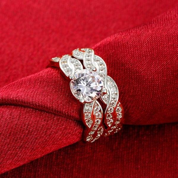 ラウンドホワイトサファイアスターリングシルバーウェディング婚約指輪