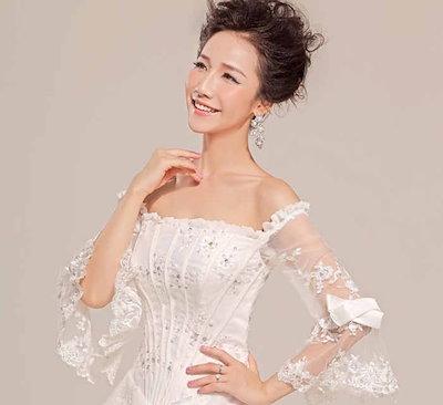 ウェディングドレス ロングトレーン ベアトップ オフショルダー 肩出し ラッパ袖 超豪華 花嫁 礼服 XCTW09