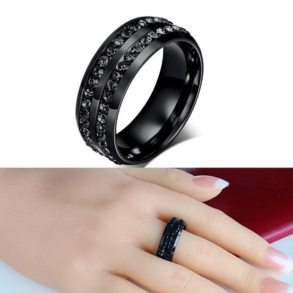 人工黒ダイヤモンドと8MMジュエリーグレードチタン鋼ファインリング