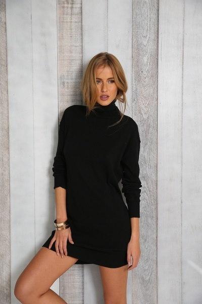 2016年秋のヨーロッパのファッションロングスリーブドレスブラックドレス。