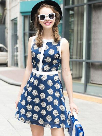 レッドフレアドレスはスリム・フィットサテンヴィンテージドレスを印刷します
