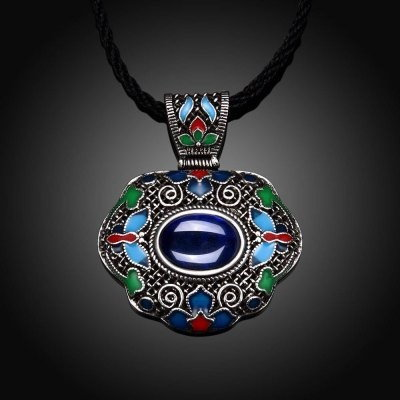 N009-A Women Butterfly Pattern National Style Necklace