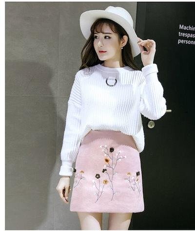 まだまだ大人気 刺繍が目を惹く主役級ウールミニスカート