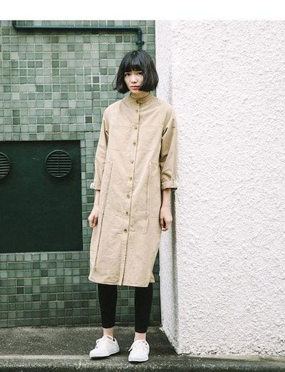 レディース服 女性 アウター コート オーバー 秋服 お洒落 ファッション 韓国風 ノーカラー 着痩せ ベージュ ロング丈 シンプル ボタン 紐 カジュアル ゆったり