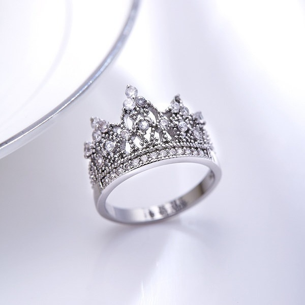 新しい到着ROXI女性の女の子の王冠リングジルコンダイヤモンドリングギフト