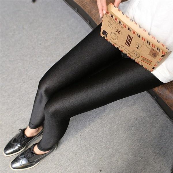 女性ソリッドブラックシャイニーレギンスフィットネス装飾レインズペンシルパンツ