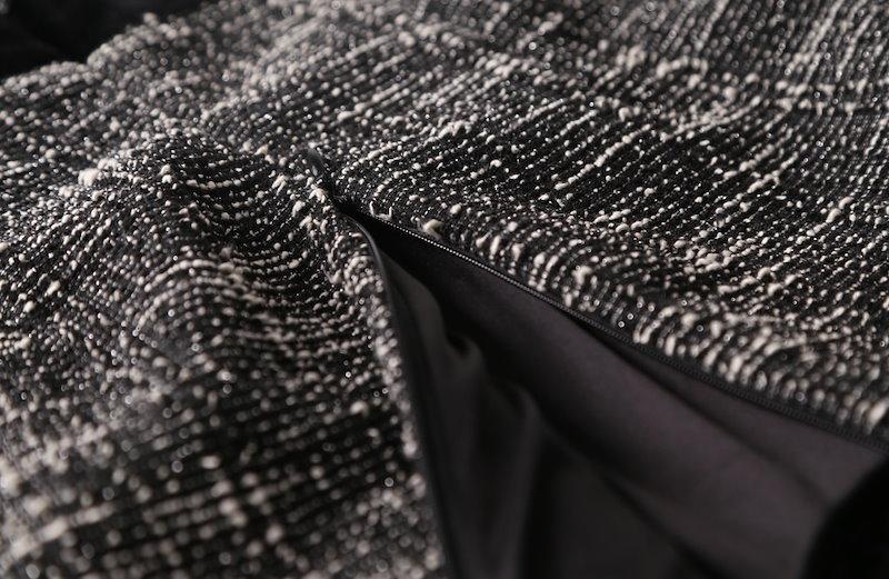 ゴールデンツイードワンピース-This is black tweed style one-piece having back zipper to open and close