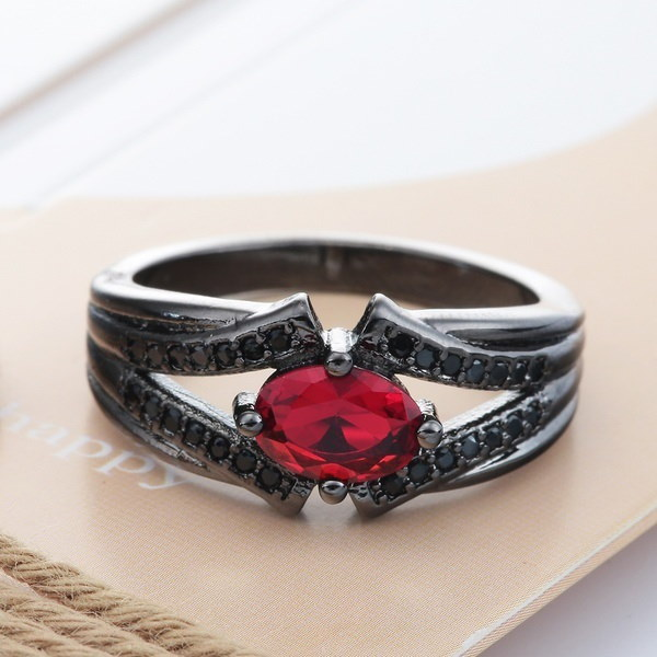 1 Pcの女性ファッションオーバルルビー宝石CZブラックゴールドパーティー結婚指輪