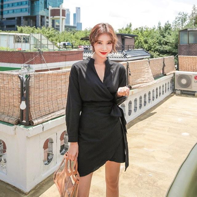 女性らしいラップスタイルのリボンストラップ長袖の秋ワンピースデイリールックkorea women fashion style