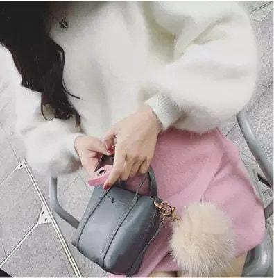 レデイースファッション大人気ニットタートルネックセーターふわふわフィアーゆったり体型カバーコーディガン秋冬大きいサイズ