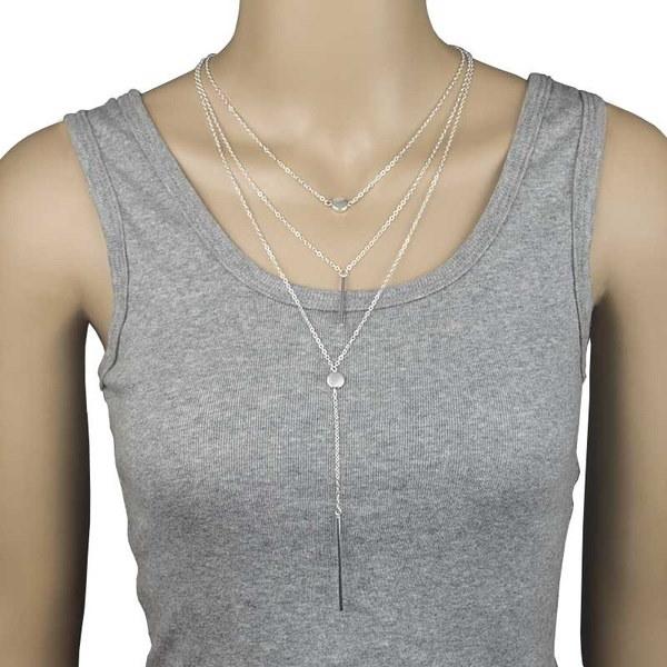 女性のセクシーなマルチレイヤーネックレス小さなドット繊細なネックレス女性のためのエレガントでレジャーなデザイン