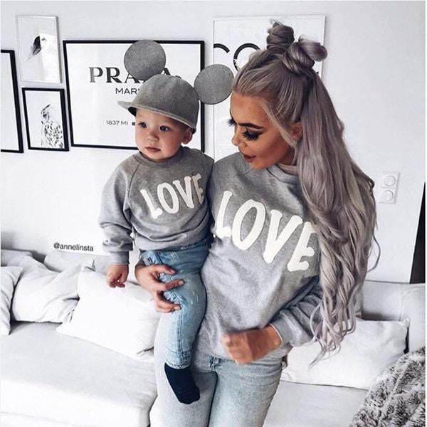 新しい家族の服母親の息子の服装カジュアルなトップスレディースキッズボーイズのトップスシャツ