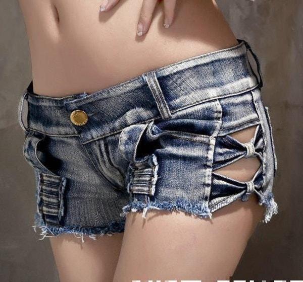 新しいファッションレディースカジュアルブラックホワイトOネックプリントBITCHレタープルオーバースウェットロングスリーブ
