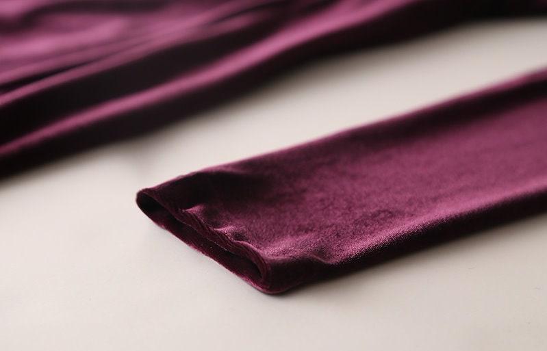 ベルベットワンピース-This dress will be shipped from December 28th. This is soft v-neckline velvet one-piece