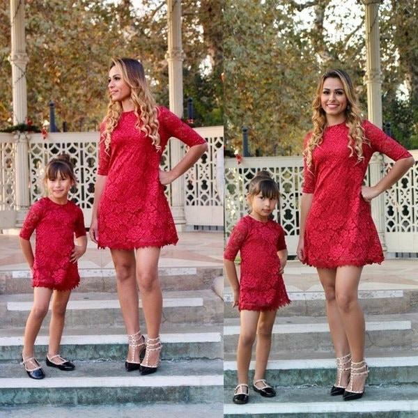 ファミリーマッチングドレス母と娘の女性の女の子のレースドレスパーティーの服