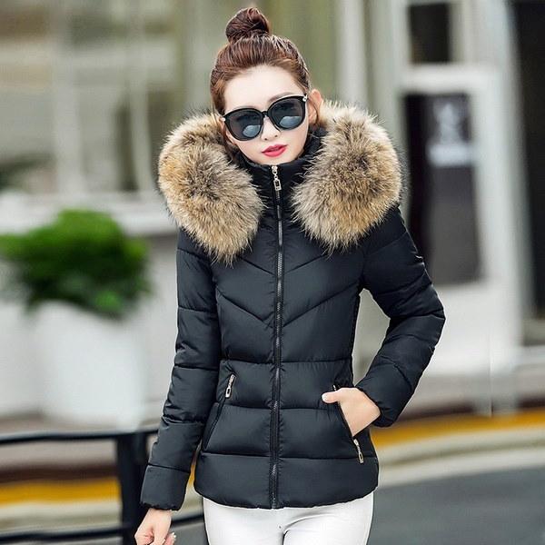 暖かいファーパーカフード付きジャケット女性ダウンコットンコートジャケット厚いスリムダウンジャケットオーバーコート