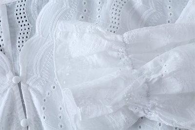 ストライプ刺繍ブラウス七分袖 フレアスリーブ ラブリー レディース トップス 大人可愛い 体型カバー カジュアル デート W0007