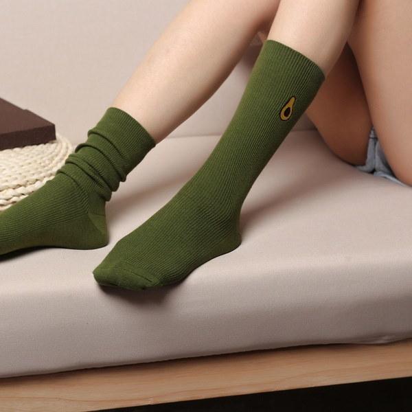 新しい楽しみのフルーツと野菜の長い靴下の女の子の靴下キャンデーの色の女性のファッション秋冬100%コット
