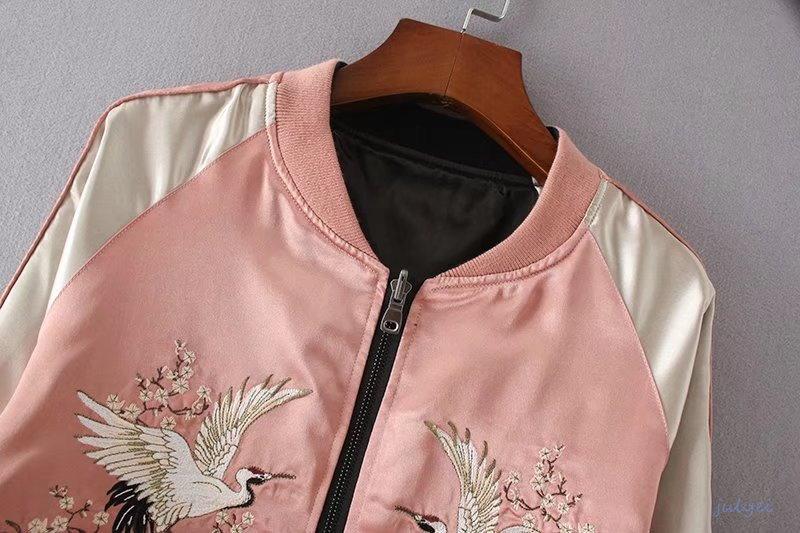 秋冬MA1ジャケット クレーン花刺繍 ショート丈 コート   ゆったり   上着カジュアル   両面着られる 大きいサイズ