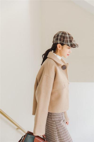 トレンド 冬 新作 ウール コート ショート丈 無地 カジュアル ゆったり 通勤くすみ色 シンプル ボタン 大人キレイQA0814