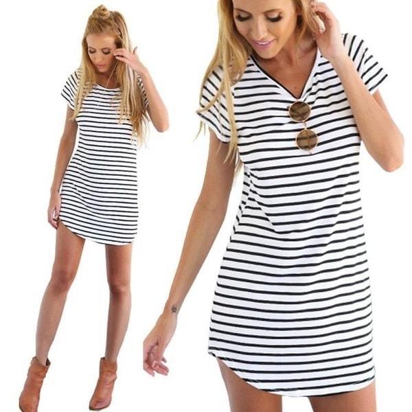 夏の女性のカジュアル半袖ラウンドネックストライプミニドレスルーズTシャツティー