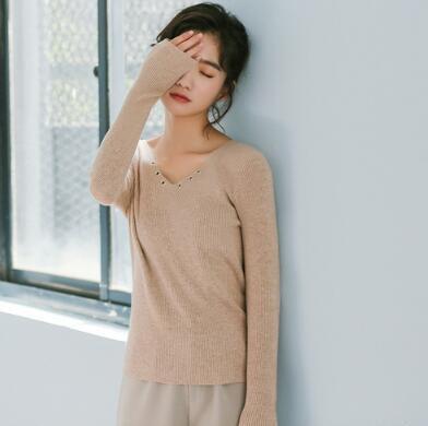 [55555SHOP]選べる6色♪ レディース ベーシックニット トップス 長袖 シンプルなデザイン ギザギザ リラックスウエア 無地 肌にやさしい 秋 冬 フリーサイズ