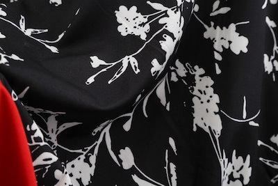 ブラック花柄アクセントレッドドレス パーティー 発表会 イベント ドレシー