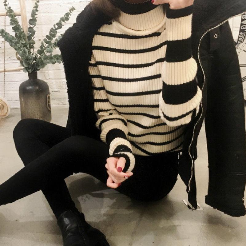 ♥大ヒット商品超特価♥韓国ファッション女性服1位『VIVARUBY』♥ストライプタートルネックニット♥最高級品質! 送料無料
