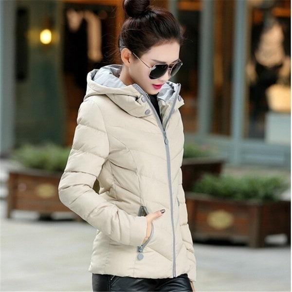 ウインタージャケット女性のダウンジャケットフード付きパーカー女性ショートコットンパットジャケットコートウクライナ