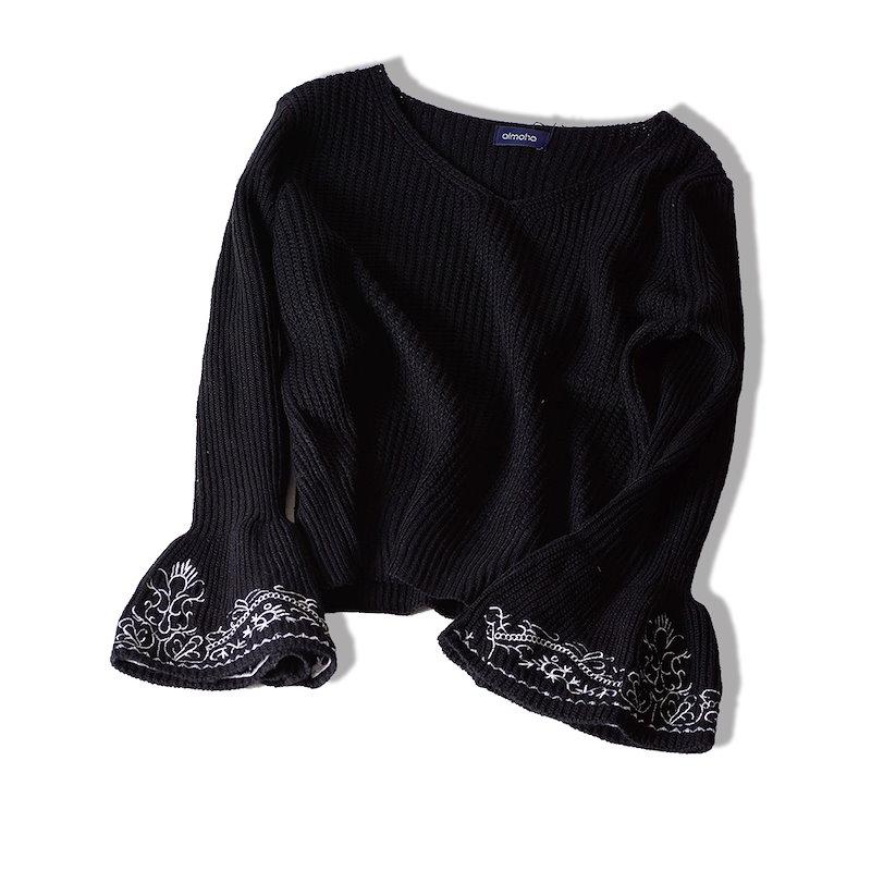 袖刺繍Vネックニット 袖フレア 刺繍 Vネック ニット トップス レディース 春 秋 冬
