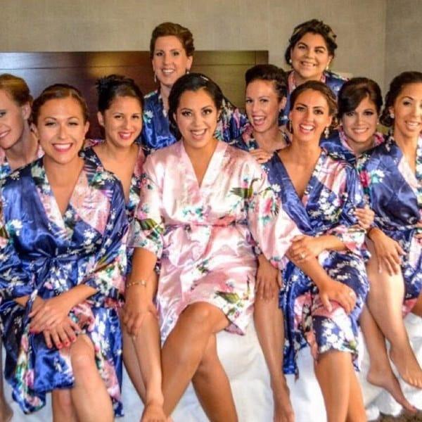 シルクレディースローブセクシーなウェディングドレスシルクローブの花嫁介添人のナイトガウンの寝間着の夜のドレス