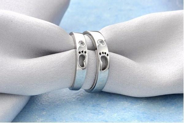 ファッションベビーフィートのデザインシャイニージルコンスターリングシルバーユニセックス指輪ジュエリー118-13-01727