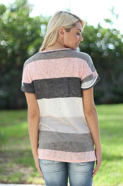 夏の女性のファッションストライププリントTシャツVネック不規則なルーズカジュアル半袖夏Plu
