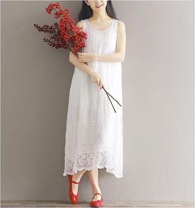 ホワイトレースワンピース 上品なレースの裾が可愛い
