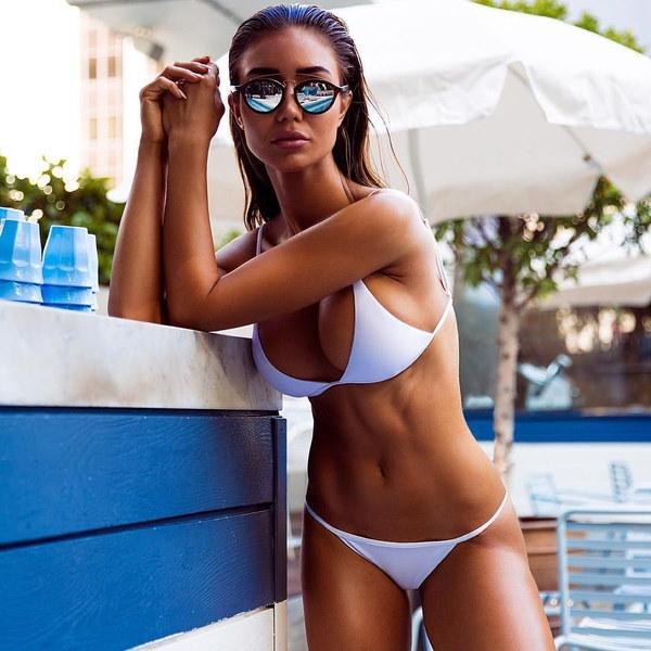 女性トライアングルプッシュアップビキニセットBandeauパッド入り水着Beachwear水着ブラジャー