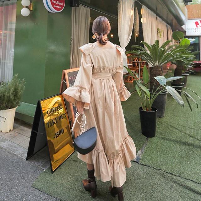 女性らしいオンバルフリルマキシロング女神ワンピースデイリールックkorea women fashion style
