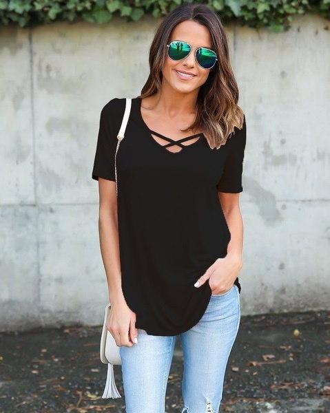 女性のカジュアル夏の半袖VネックソリッドカラールースコットンTシャツ