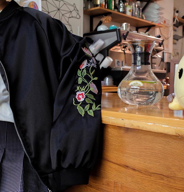 ★送料無料★レディース 刺しゅう MA-1 ジャケット 無地 シンプル スタンドカラー ミリタリージャケット 秋 ブルゾン カジュアル モスグリーン